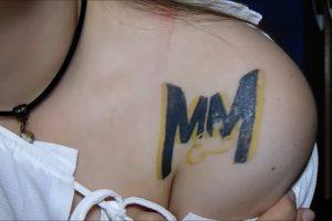 tatuagem isabela karasiak
